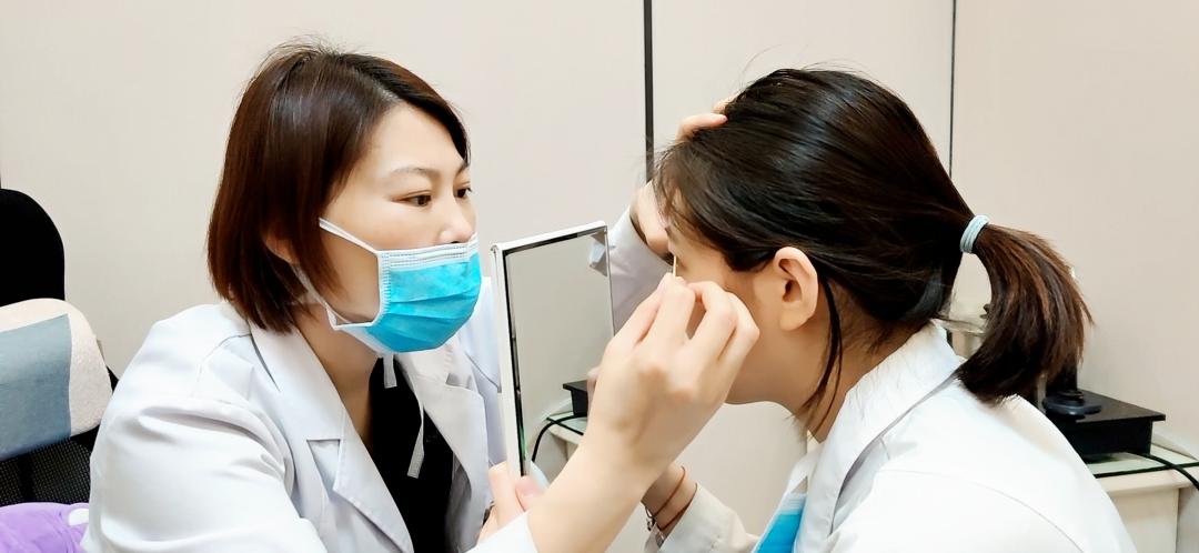 为什么医生推荐我做全切双眼皮
